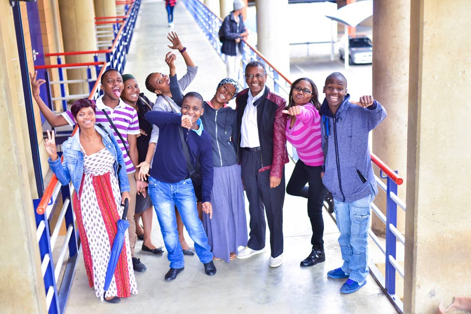 VUT staff and students with potential bursary sponsor