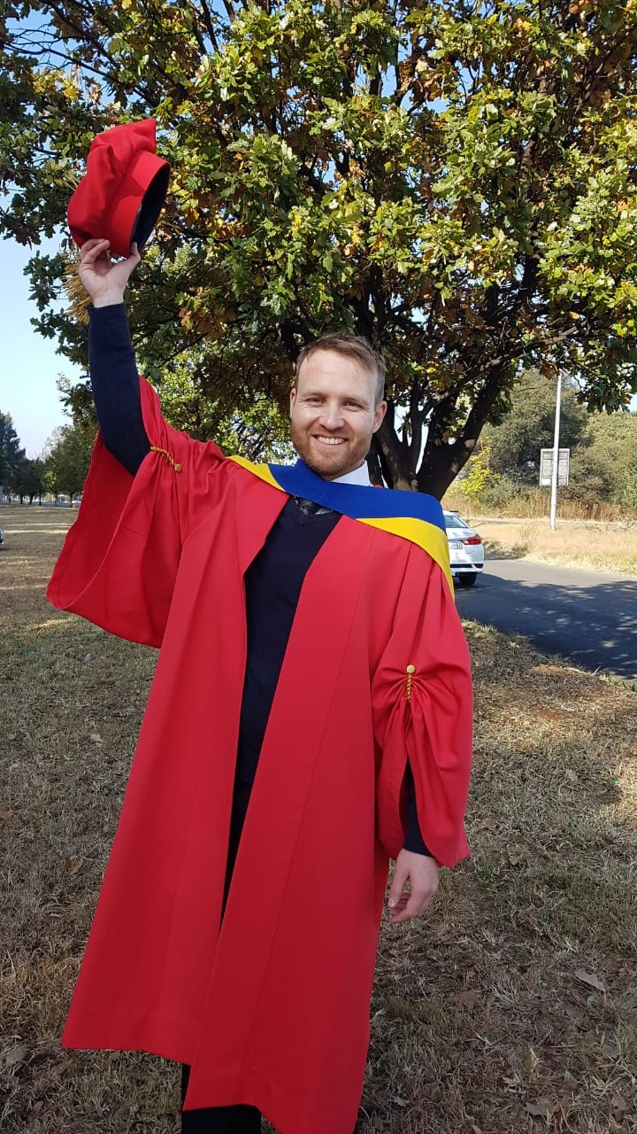 """Dr Wahl, VUT Doctorate Graduate advises: """"When considering the benefits, you reap, the hardships almost always make it worthwhile.  Never lose sight of the end GOAL"""""""