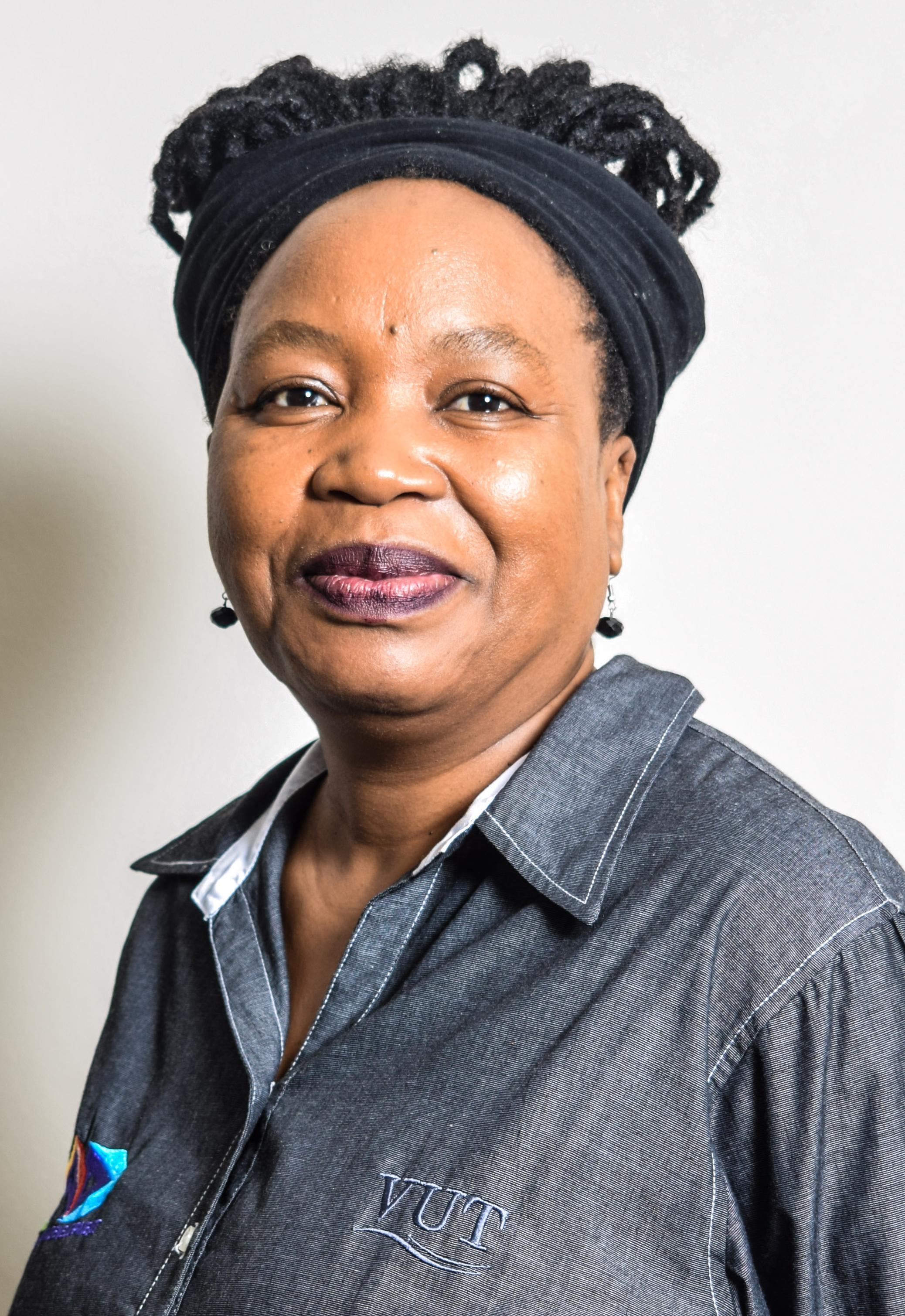 Dr Masebala Tjabane